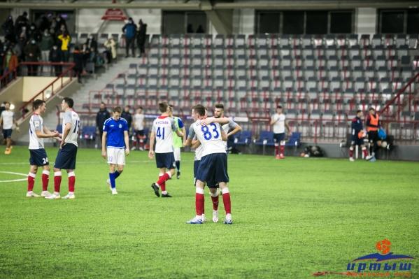 Игроки «Иртыша» радуются четвертой победе подряд в сезоне