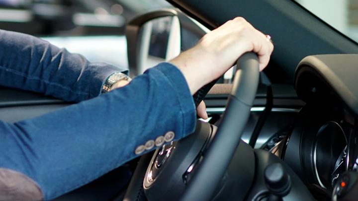 Муниципальные рынки планируют купить два автомобиля за 4,1 миллиона рублей
