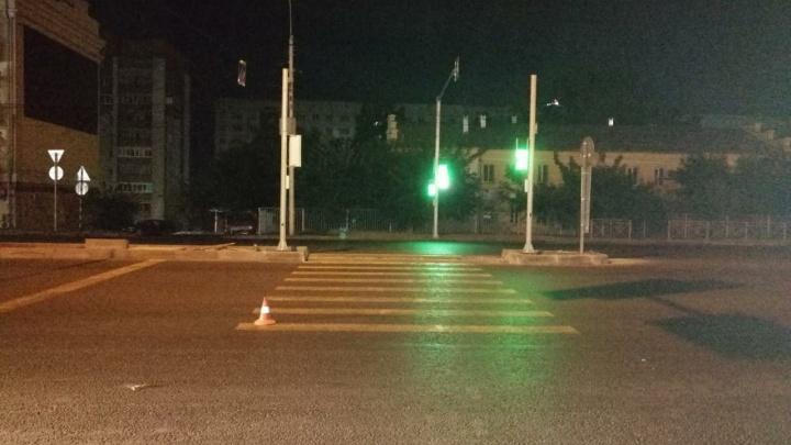 Водитель сбил пешехода насмерть на ночной дороге в Октябрьском районе