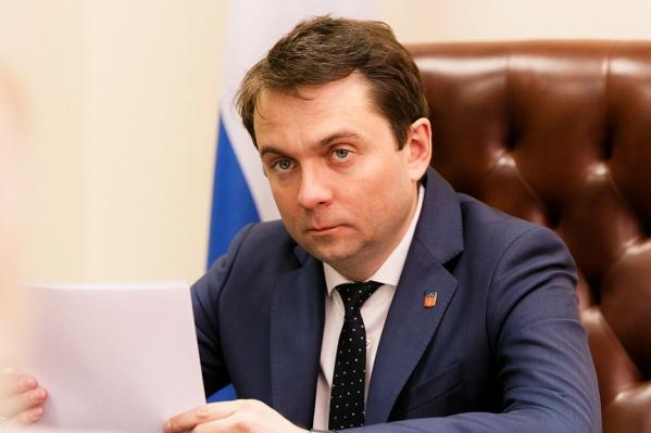 Андрей Чибис заявил, что, по предварительной информации, 16 членов экипажа — из Мурманска