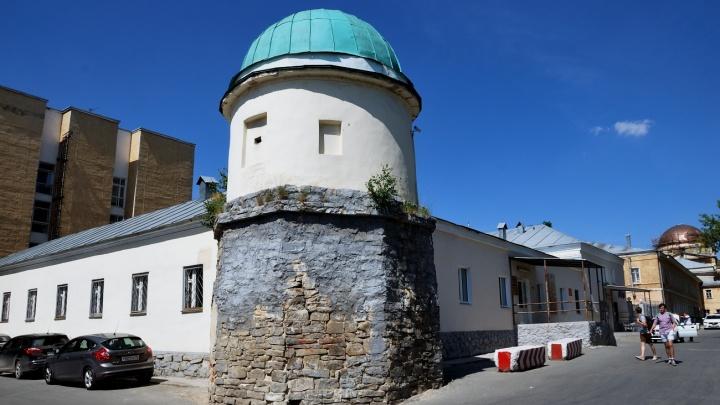 В Екатеринбурге восстановят звонницу на здании-флигеле XIX века