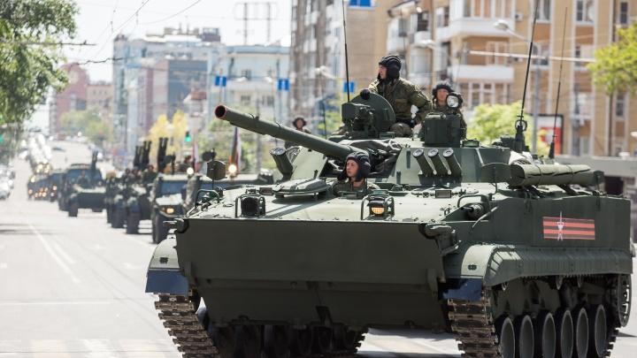 Спецтехнику, подготовленную для участия в ростовском параде Победы, отправят на временное хранение