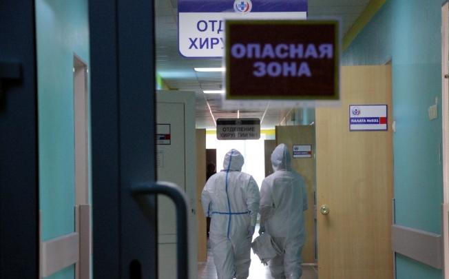 Александр Бурков: «20 человек находятся в тяжелом состоянии, и 6 из них подключены к аппаратам ИВЛ»