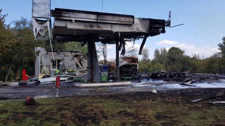 В Волгограде ликвидировали пожар на газовой заправке