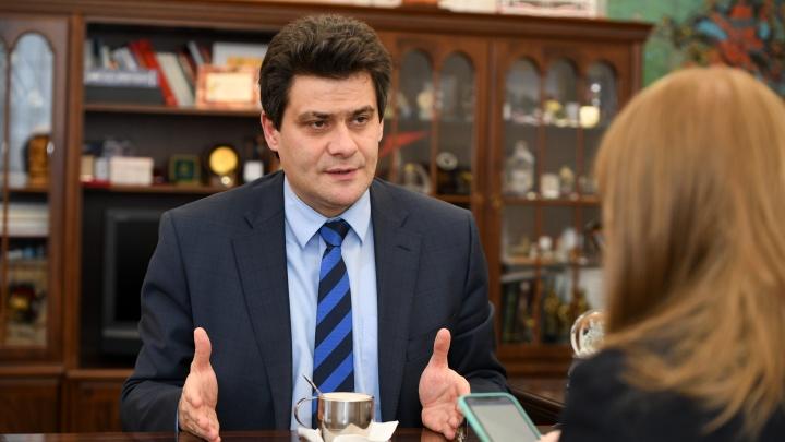 Мэр Высокинский объяснил, когда задействуют Экспоцентр под больных коронавирусом: онлайн-трансляция