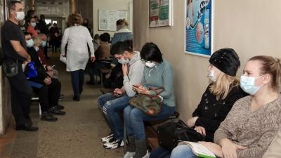 Нижегородцам, которые лечатся от COVID-19 дома, начали выдавать бесплатные лекарства