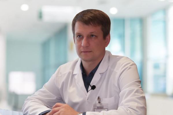 Главный врач Переславской больницы считает, что мы не пережили ещё и первую волну