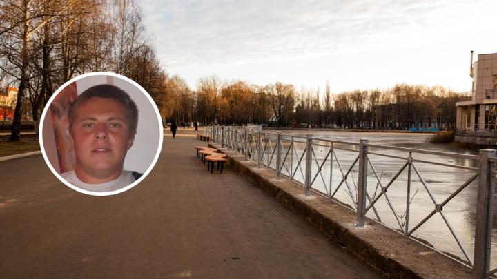 «Думали, что спит, а он впал в кому»: в Ярославле от удара по голове умер молодой мужчина