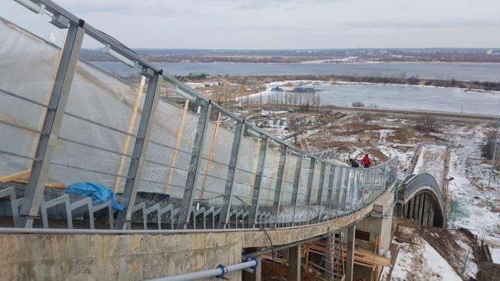 В Нижнем Новгороде построили керамическую лыжню на трамплине