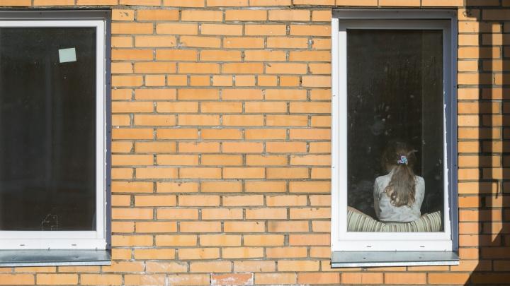 В Роспотребнадзоре рассказали о возрасте больных вирусом красноярцев