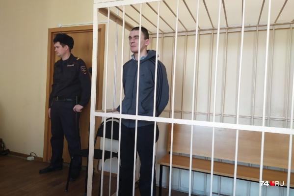 Роман Бакланов после задержания вину признавал частично — он настаивал на переквалификации его дела на «Причинение тяжкого вреда здоровью»