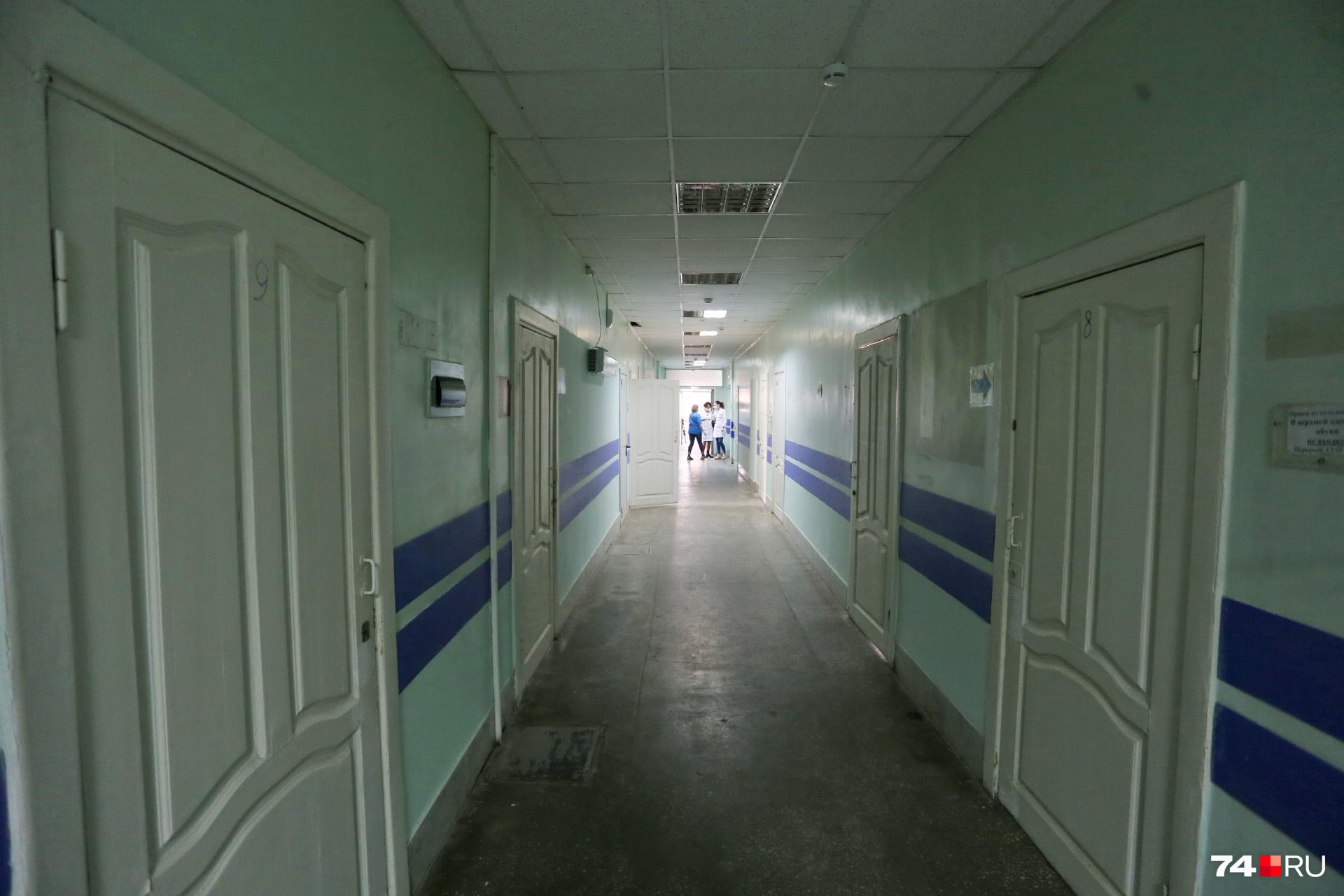 Так выглядят коридоры «челябинской Коммунарки», где лечат людей с COVID-19