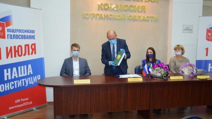 Глава ЦИК России поблагодарила курганского наблюдателя, отразившего нападение на членов УИК