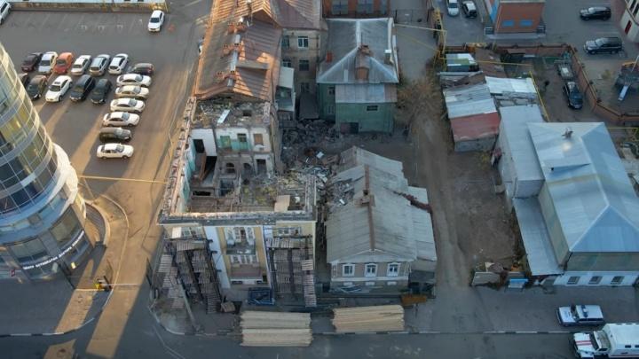 Теперь и без крыши: самарец снял на видео дом на Галактионовской, где рухнула стена