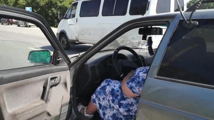 Дело автомобилистки, сбившей на «зебре» возле садов челябинку с внучкой, передали в суд