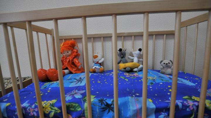 В детском саду под Екатеринбургом закрыли дежурную группу. У одного ребенка COVID-19