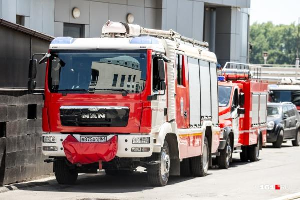 По одной из версий, причина пожара — неосторожное обращение ребенка с огнем