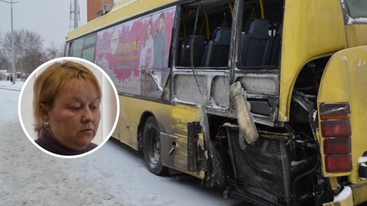В ДТП с автобусом ребёнку отрезало голову оргстеклом, стоявшим вместо спецстекла. За смерть осудили водителя