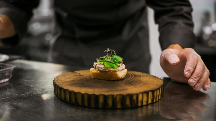 Домашние брускетты — как в ресторане: уральцам подсказали, как бюджетно готовить изысканные закуски