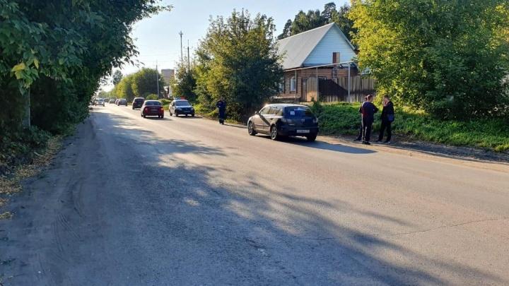 Выбежал на дорогу перед машиной: в Шадринске сбили 17-летнего подростка