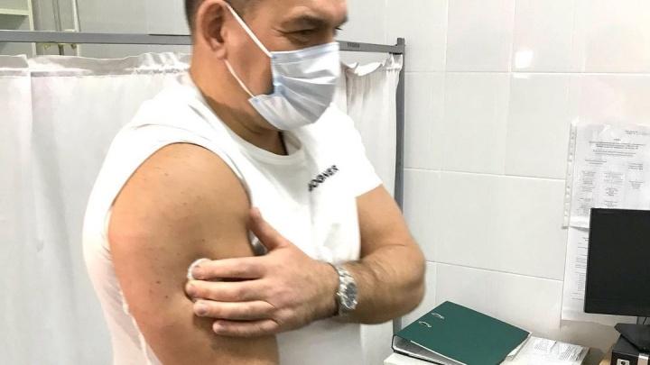 Мэр Новокузнецка поставил вакцину от коронавируса. Он пообещал рассказывать о своем состоянии