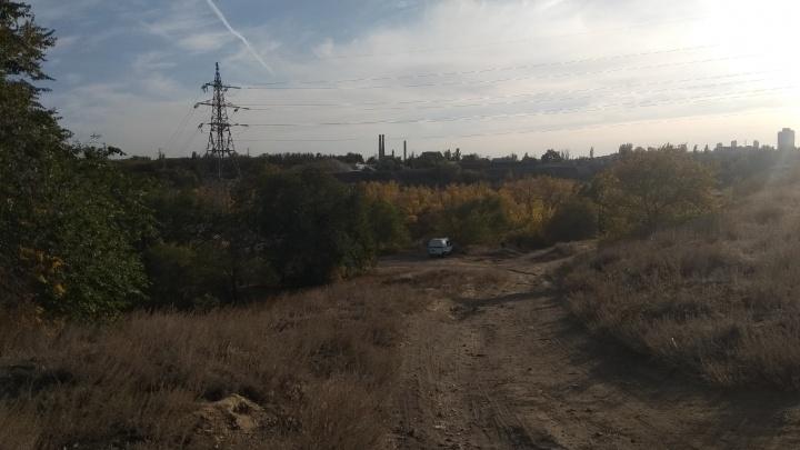 На дамбе в Волгограде бетонная плита раздавила насмерть ребенка