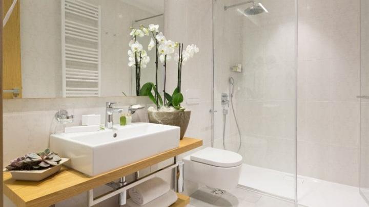 Малогабаритная ванная: подборка советов по выбору плитки