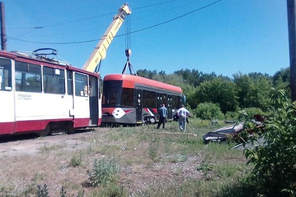 Вагон увезли обратно в Свердловскую область. Решение о покупке подобных трамваев для Челябинска пока не принято