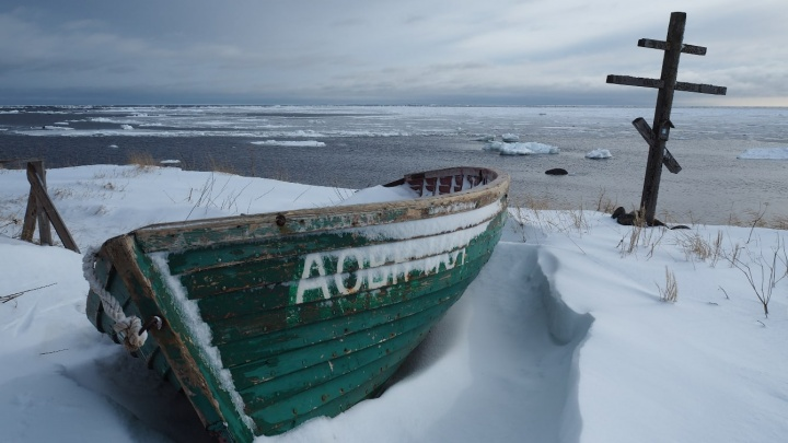 Суровые льды и осколки ушедшей эпохи: фоторепортаж с острова Малая Муксалма