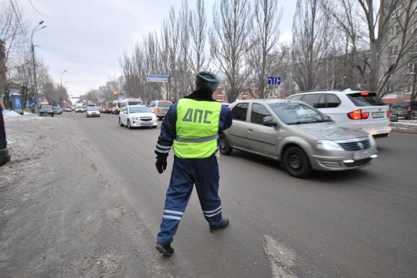 После возбуждения уголовных дел инспектора ДПС оперативно уволили из органов внутренних дел