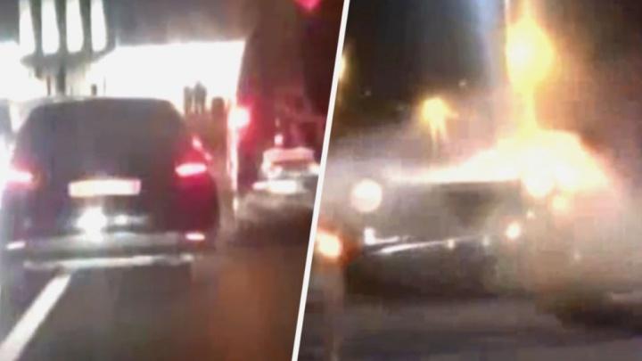 В Ростове иномарка перевернулась во время полицейской погони. Публикуем видео