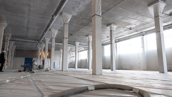 Зал для керлинга и зеркальный фасад: смотрим фоторепортаж из строящегося Дворца спорта в Самаре