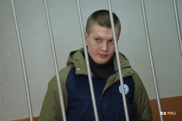 Игорь Новоселов прославился на весь интернет еще в 2013 году, когда появилось видеодорожного конфликта с его участием