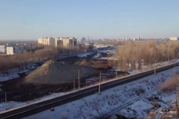 Пока активные работы ведутся в районе железнодорожных путей
