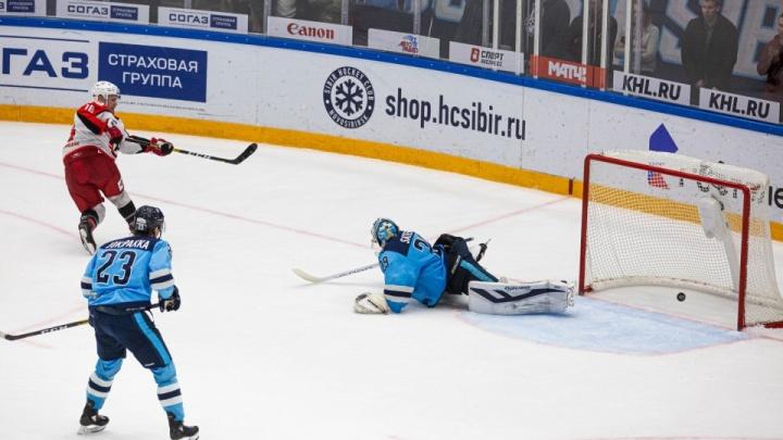 На кону всё: букмекеры ставят на победу «Автомобилиста» в четвертом матче серии с «Сибирью»