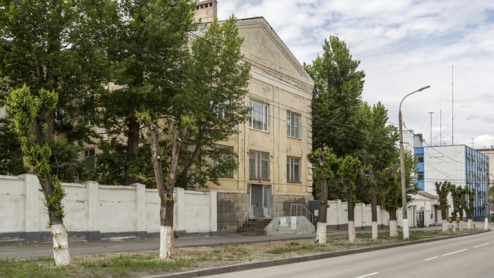В центре Волгограда клиническую больницу перевели в режим долечивания больных коронавирусом