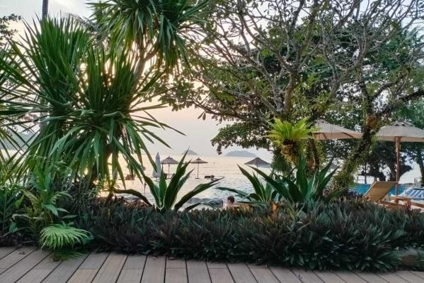 Николай Гончаров отдыхал с семьёй на острове Ко Чанг и теперь не знает, как уехать из Таиланда