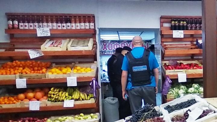 В Ленинском районе произошла попытка ограбления фруктового киоска