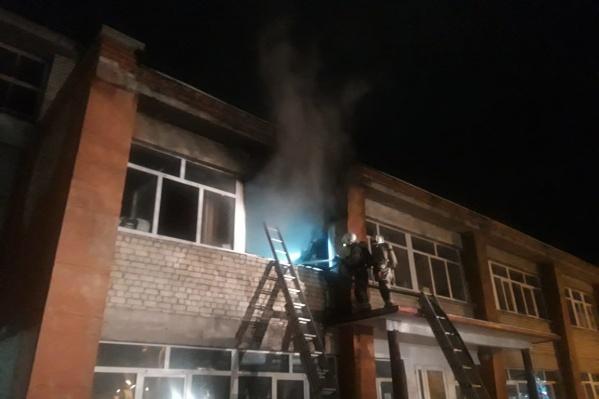 В тушении участвовали30 пожарных