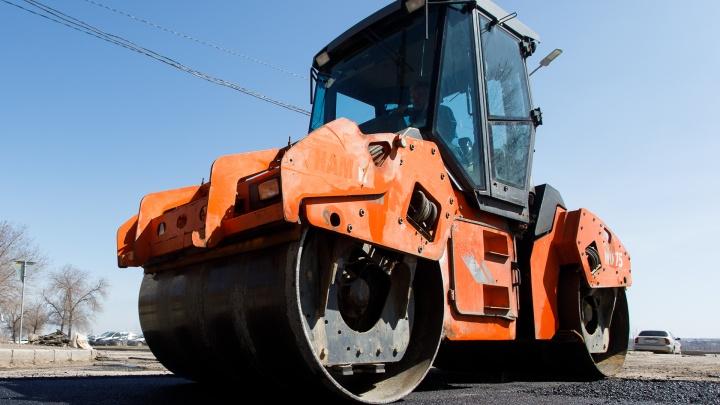 Не выдержала натиска грузовиков: в Волгограде на ночь перекроют дорогу с продавленной колеей