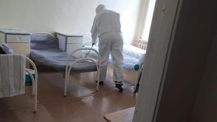 Жена вахтовика с COVID-19 объяснила, почему муж по возвращении в Челябинск отказался лечь в больницу