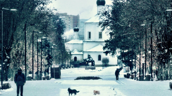 Солнце еще вернется: волгоградский фотограф сделал философские снимки просыпающегося Волгограда