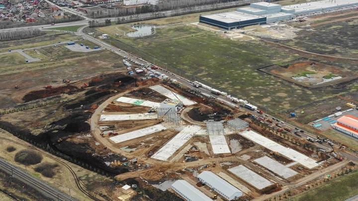 Закончить за 55 дней: показываем с высоты, как строился новый инфекционный центр под Уфой