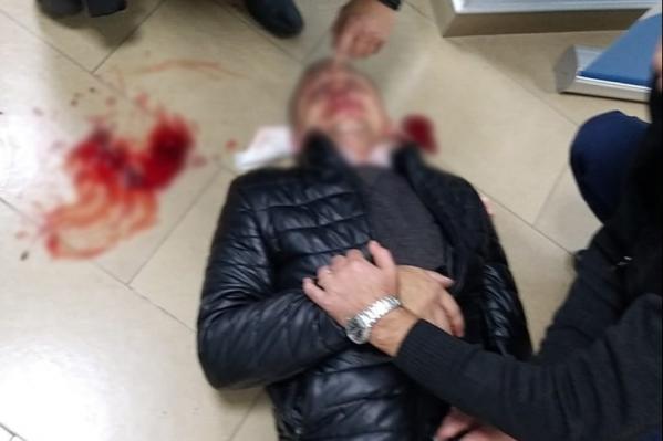 На помощь пострадавшему мужчине пришел врач-реаниматолог