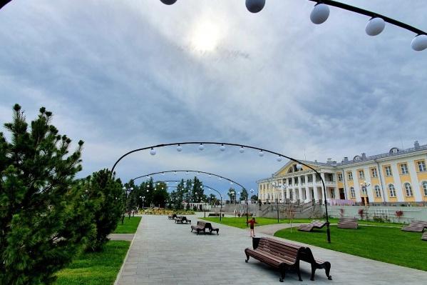 На фото обновленныйПарк культуры и отдыха им. Дмитрия Попова в Салаире
