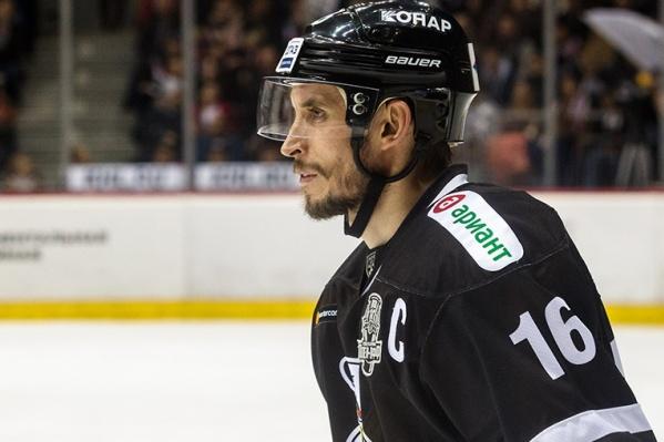Александр Шинин был капитаном «Трактора» всезоне 2018/19, после чего завершил карьеру игрока