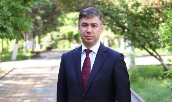 Логвиненко ушел в отпуск, чтобы повести «Единую Россию» на выборы в Ростове