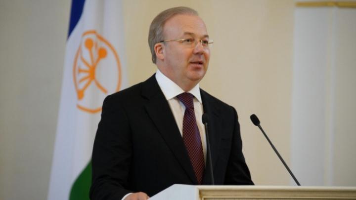 «Мы не хотели бы снова закрывать торговые центры»: власти Башкирии обсудили нарушения масочного режима