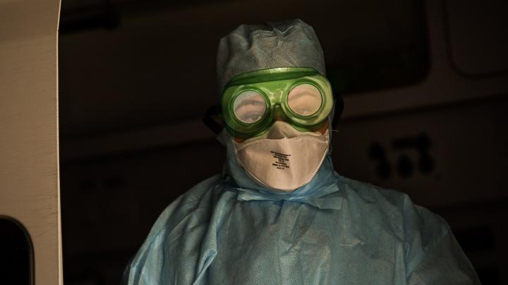 «У коллеги двусторонняя пневмония, а мне, можно сказать, повезло»: интервью с заболевшим врачом ЦГКБ № 1