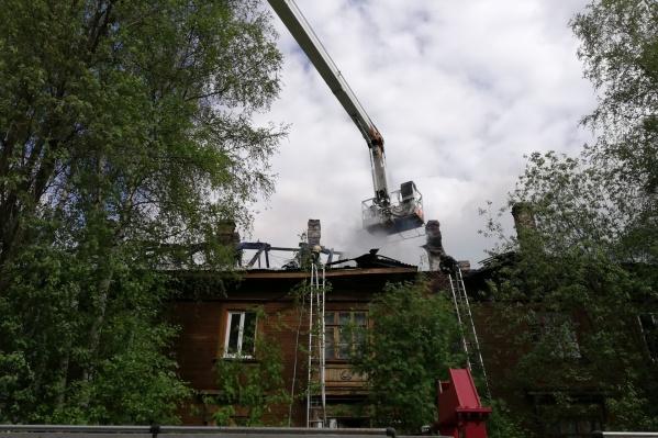 Причина пожара в переулке Водников пока неизвестна